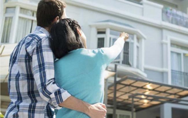 """Người trẻ có nên """"liều"""" vay tiền mua nhà hay chờ tích lũy đủ?"""