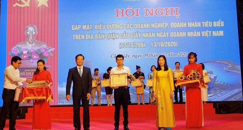 Đất Xanh Viethomes đã được biểu dương là Doanh nghiệp tiêu biểu, đã có thành tích trong việc thực hiện tốt chính sách thuế, pháp luật Nhà Nước